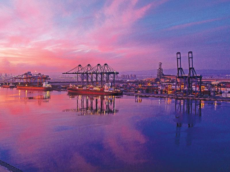 Sohar Port e Freezone pianificano progetti solari per 3,5 GW
